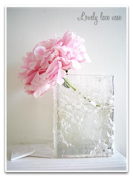 lace-vase